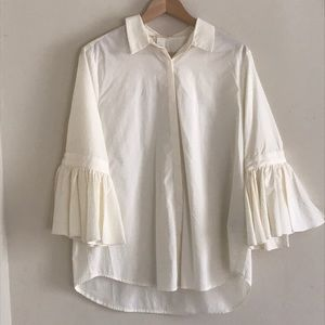 NEW H&M CREAM BUTTONED BLOUSE WITH RUFFLED SLEEVES